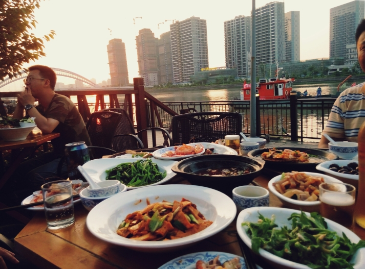 宁波海鲜 Ningbo Seafood at Restaurant by the Yong River